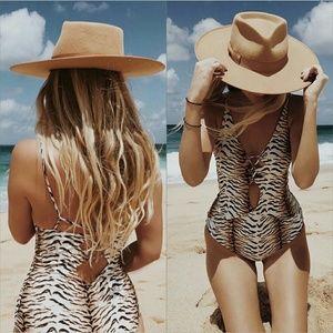New acacia x SB Tiger kokomo onepiece swimwear M